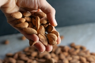 almond hand 6 (1 of 1)